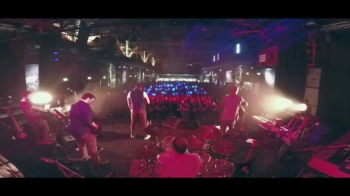 A while ago we filmed at their show and now Stille …
