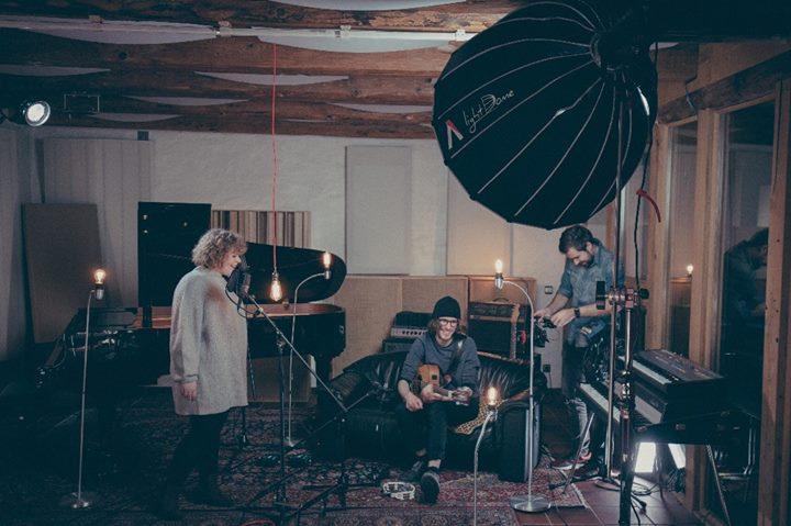 Filming a live studio video for Mitzi Loibichler …